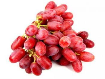 crimson seedless grapes.